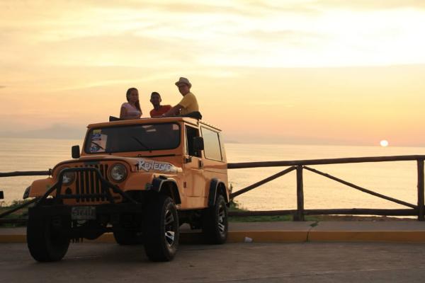 Jeep Safari (Vehiculo cerrada)