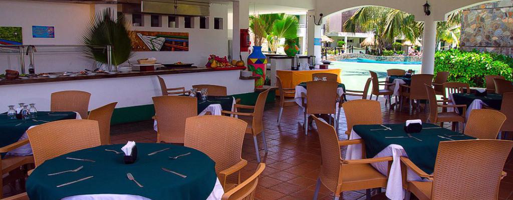 Area de Restaurante Hotel Kokobay