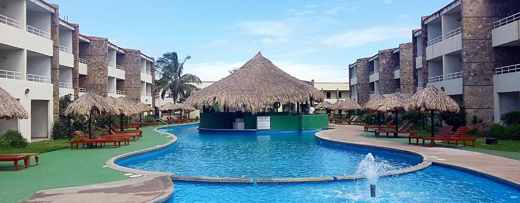 Hotel Kokobay Piscina